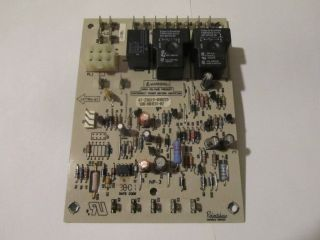 Robertshaw Rheem Ruud furnace control circuit board 47 23619 03