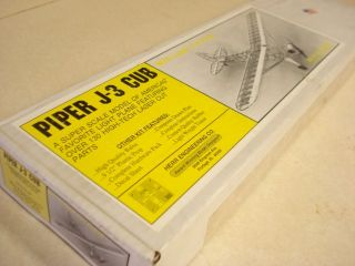 HERR ENG. PIPER J 3 CUB SCALE RUBBER POWERED FLYING AIRPLANE KIT *