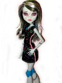 OOAK Monster High Frankie Stein Doll Custom Dressed Repaint