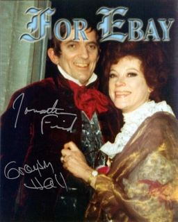 Jonathan Frid & Grayson Hall of Dark Shadows 8x10