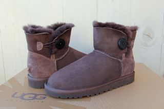 UGG Mini Bailey Button Womens Boot Chocolate US 7 UK 5 5 EU 38 Cute