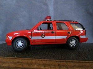 Diecast Firetruck Z Wheels GMC Jimmy Chiefs Car