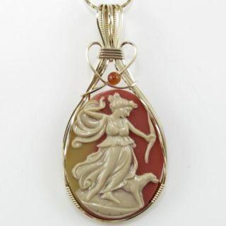 Goddess Diana The Huntress Cameo Pendant 14k Rolled Gold