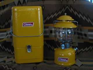 10 72 Coleman Lantern 200A Gold Bond Color Series with Metal Case