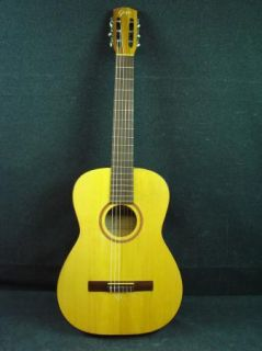Goya G 10 Classical Acoustic Guitar Made in Sweden with Case G10