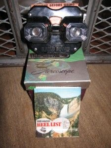 Vintage Sawyer?s VIEW MASTER Color Stereoscope Viewer Box & 1950 Reel