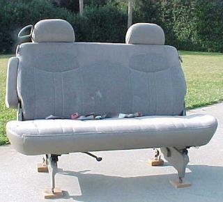 GMC SAFARI ASTRO VAN NEW NOS 2ND ROW COMPLETE REAR SEAT MEDIUM NEUTRAL