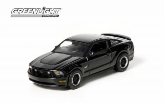 Greenlight Collectibles 1 64 Scale Black Bandit 2012 Ford Mustang GT