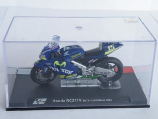Honda RC211V Motor Bike Sete Gibernau 2005 Racing Superbike Model Pack