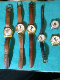 Vintage Lot of 6 Watches 4 Mickey Mouse 1 Minnie Mouse 1 Taz