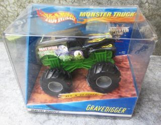 Wheels Rev N Go Power Gravedigger Monster Truck Toy Mattel Wheels NIB