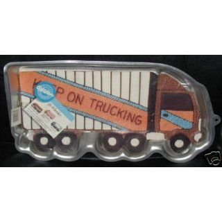 Wilton Cake Pan 18 Wheeler Truck/Tractor Trailer/Moving