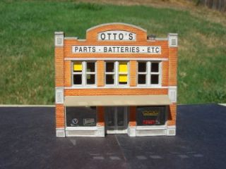 DPM N Scale Downtown Building Ottos Parts Auto Supply Store Pro Built