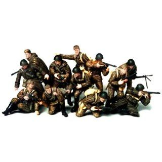 Tamiya 1/35 Russian Army Assault Infantry: Toys & Games