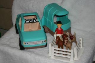 Little Tikes Miniature Horses Car and Horse Trailer