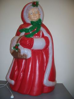 CHRISTMAS BLOW MOLD YARD DECOR MRS SANTA CLAUS 40 NEW glasses