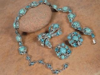 Vintage Hollycraft Parure Necklace Pin Earrings Set Rhinestone Blue