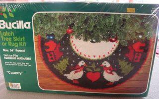 New Vintage 34 Bucilla Latch Hook Christmas Tree Skirt Rug Kit