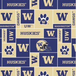 College University of WashingtonTM HuskiesTM Fleece Fabric