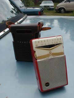 Vintage RED TRANCEL TR 80 TRANSISTOR POCKET RADIO WITH LEATHER CASE