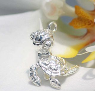Sterling Silver Hawaiian Baby Turtle Pendant Necklace