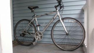 Trek 7300 FX Mens Hybrid Bicycle 51 Cm
