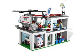 Lego City 4429 Helicopter Rescue Hospital Ambulance New Factory SEALED