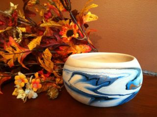 Nemadji Indian River Pottery Bowl Blue Swirls