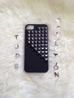 iPhone 5 Studded matte rubberized hard black iPhone 5 case with black