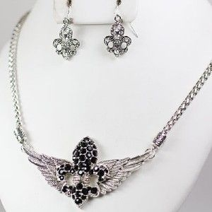 Rhinestone Fleur de Lis Wings Pendant Necklace Jewelry