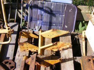JOHN DEERE 420 430 CRAWLER DOZER SEAT BASE FARMERJOHNSPARTS 404 569