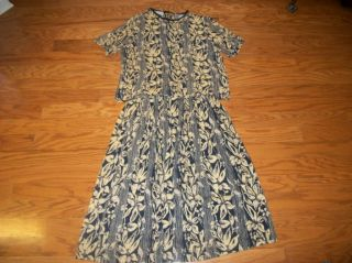 John Henry Blue Tan Floral Outfit Skirt Top L Large