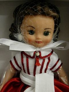 Tonner Betsy McCall as Scarlett Christmas in Atlanta