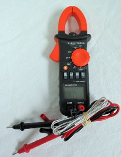 Klein Tools CL200 AC Clamp 600A Voltage Meter with Temperature Hand Tester Tool