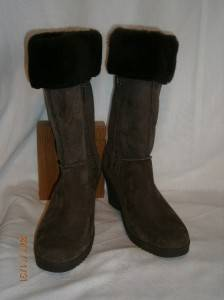 UGG Joslyn Boots Brown Suede US 7 UK 5
