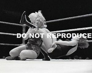 Joyce Grable vs Judy Martin Girls Wrestling Photo 70's AWA
