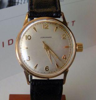 hamilton vintage watches for sale on popscreen. Black Bedroom Furniture Sets. Home Design Ideas
