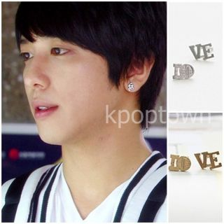 CN17 CNBLUE Jung Yong Hwa Style Love Initial Earrings