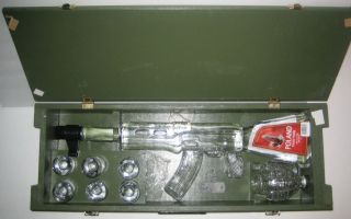 Kalashnikov AK 47 Red Army Vodka Wood Box New SEALED RARE Hard to Find
