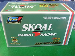 NIB Ken Schrader 1 24 Skoal Bandit Racing 33 Stock Car