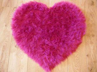 Fluffy Pink Kids Bedroom Rugs Washable Mat Girls Heart Shape Rug Fake
