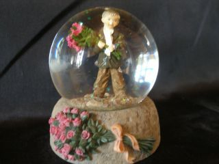 Kim Anderson Forever Young Snow Globe 248828 Bashful Beau Mint Perfect
