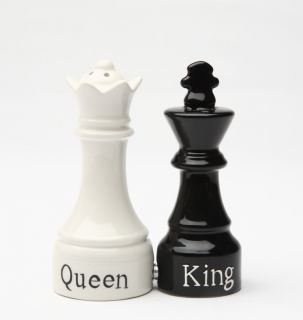 Magnetic Salt Pepper Shakers Chess Pieces King and Queen
