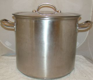 KIRKLAND SIGNATURE MADE IN ITALY 16 QT STAINLESS STEEL STOCK POT WITH