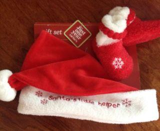 Carters Baby Infants Newborn Christmas Hat Booties Gift Set