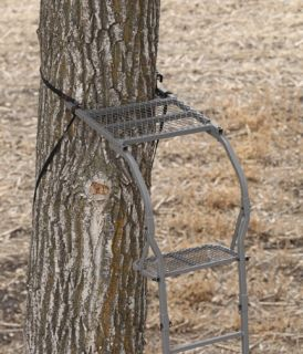 New 2010 Big Game Sniper Avenger Ladder Tree Deer Stand STLS10