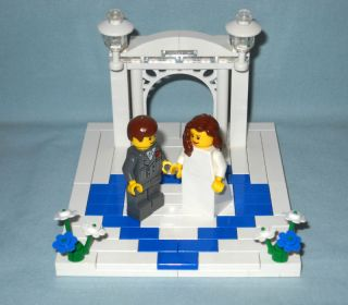 Lego Wedding Arch Cake Topper with Heart Bride Groom