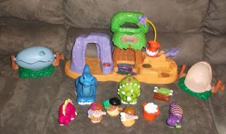 Fisher Price Little People 4 Dinosaurs 3 Caveman Lot 2 Eggs Food Baby