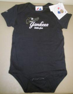New York Yankees Little Fan Infant Baby Boy Bodysuit One Piece 12M 18M
