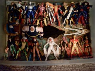HUGE Lot of X Men action figures STORM, CUSTOM DUST AND MOONSTAR LOOK
